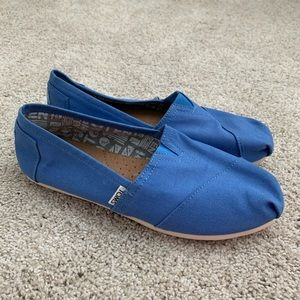 Blue Canvas Toms